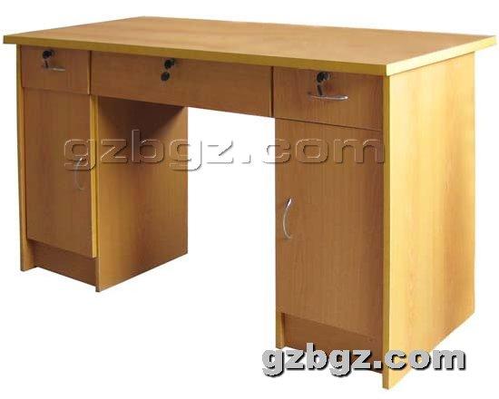 钢制办公桌提供生产钢木办公桌图片厂家